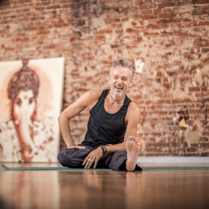 Ollie Tiemann Yoga Retreat Ibiza